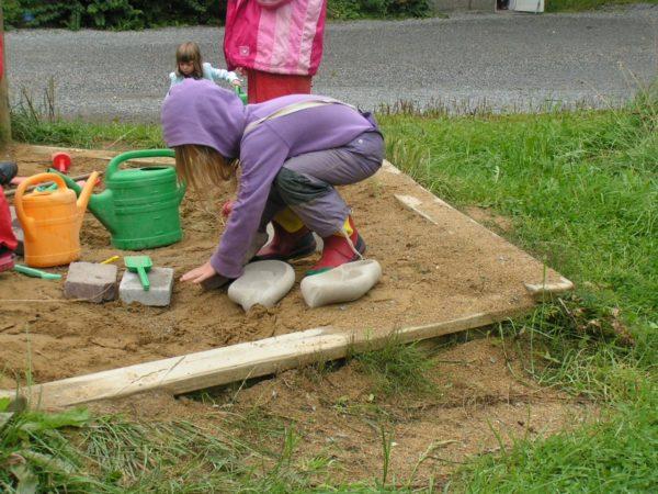 Cascade au jardin d'enfants étape montage